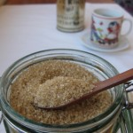 מוצרי בסיס - סוכר חום, קפה אורגני, חליטות.